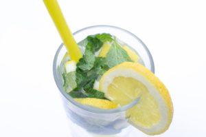 Jarní detoxikace, citronová šťáva