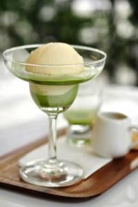 Zmrzlina s meduňkou, citronem a medem